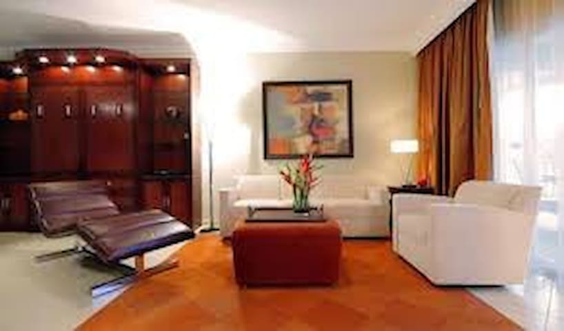 Beautiful 2 bedroom Premium Presidential Suite