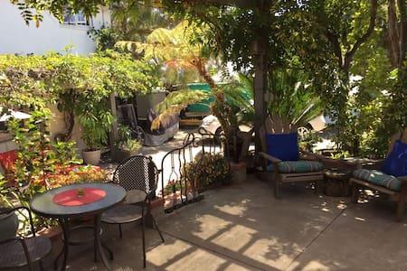 Studio with loft near BEACH! - San Diego