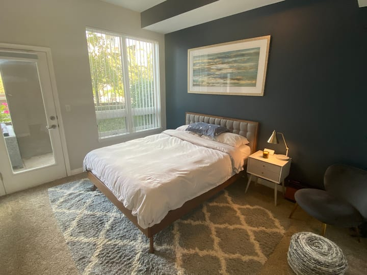 Cozy and Modern Condo in the Heart of SLC