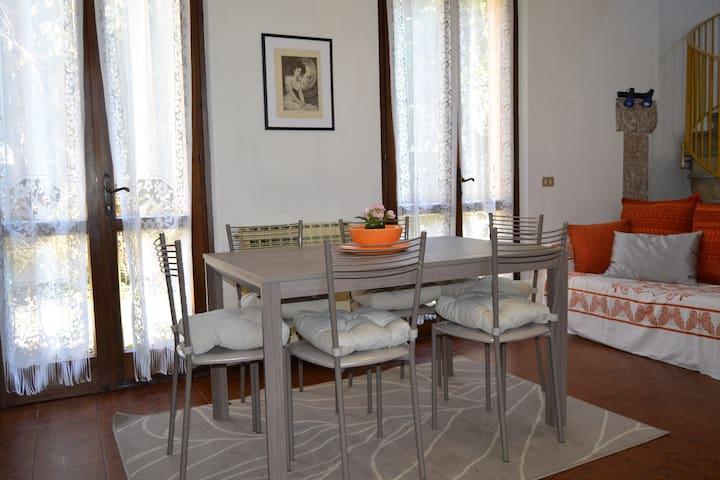 Casale La Margherita - San felice del Benaco - House