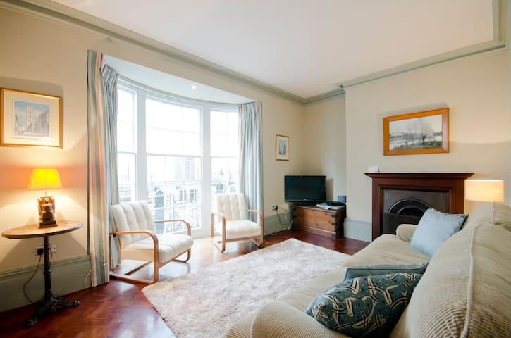 Seaside garden flat in Kemp Town