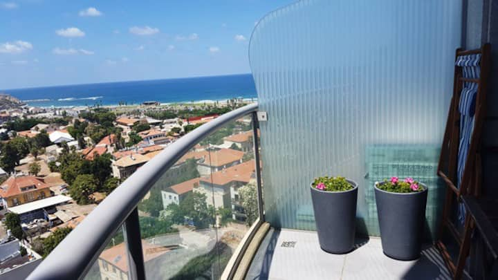 Sea view one bedroom loft at Neve Tzedeq Tower