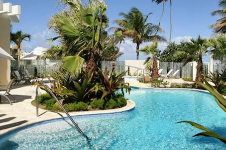 Cozy front beach apartment at Grand Bay Resort, - Rio Grande - Apartament