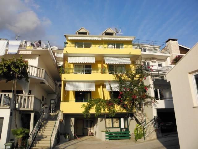 Apartment Katić (37021-A1) - Zivogosce - Pis