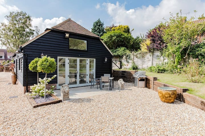Deluxe Annexe in beautiful landscaped grounds