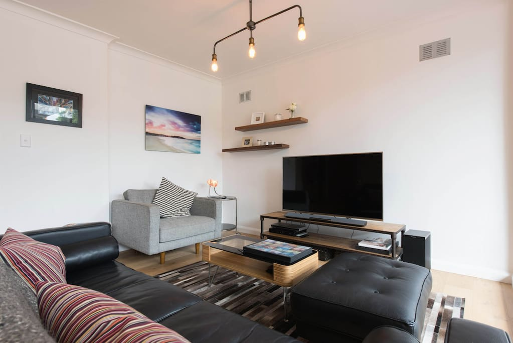The Living area is bright and has large TV, Foxtel and Bluetooth Music system so you can relax in comfort.
