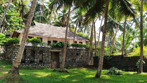 Bamboo & Hibiscus NonAC Beach Villa(2 double room)