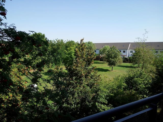 Private room with parking space in Potsdam - Potsdam - Apartamento