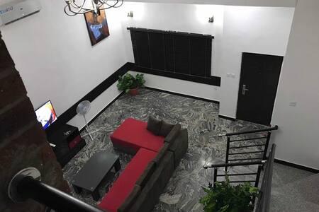 KM 28 Apartments - Apt 3