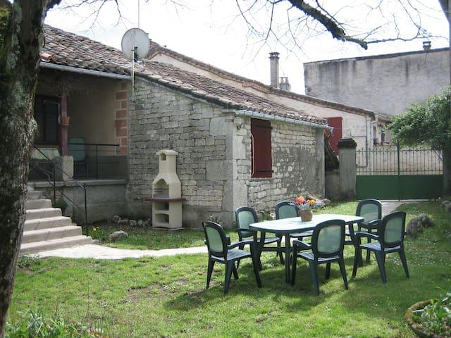 MAISON DE VILLAGE EN PIERRE - Lalbenque - House