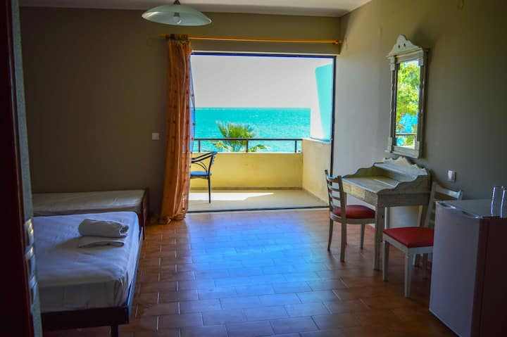 Zante Vero, Sea view rooms at amazing prices.