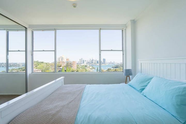 Harbour views, close to city, spacious flat w pool - Waverton - Daire