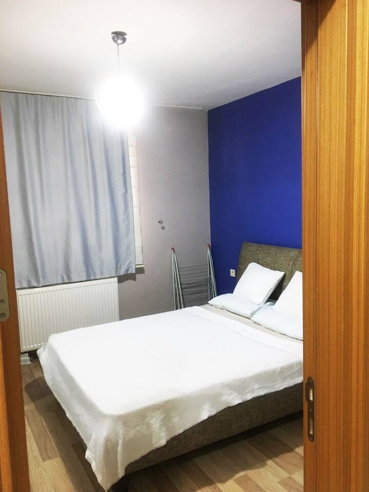 [ ONLY FOR GIRL )  Near From KADIKOY ISTANBUL