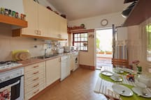 Kitchen/ Fully equipped