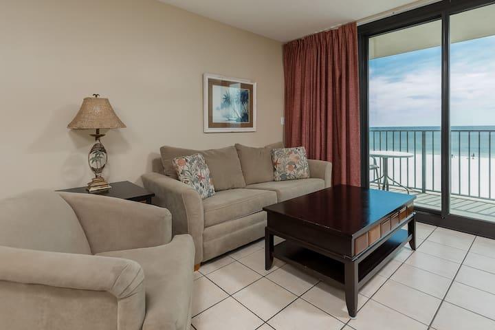 Phoenix All Suites Hotel - 803