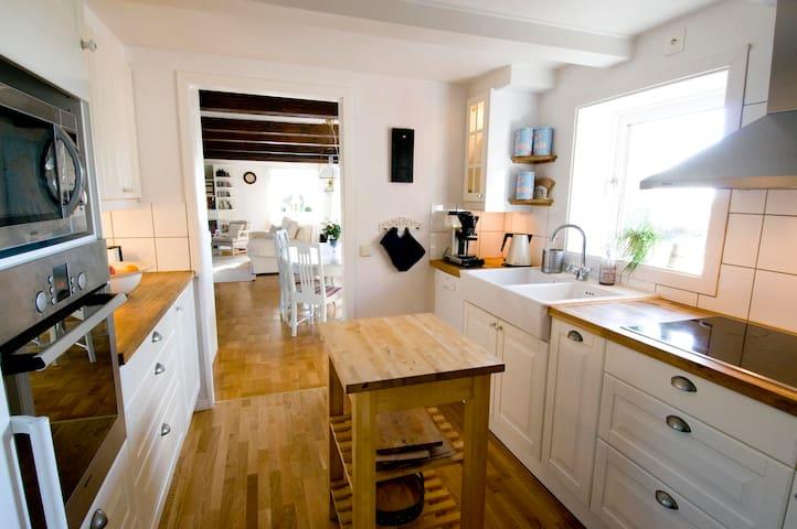 Daria's Place - Båstad V - Casa