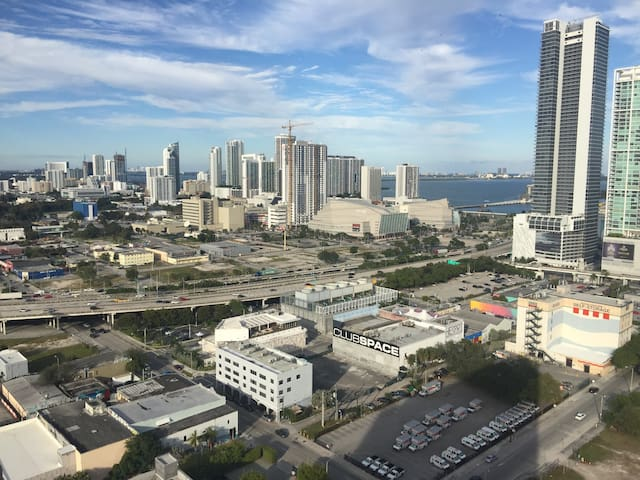Remarkable view in Miami   Miami. Downtown Miami  Miami Vacation Rentals   Beach Houses   Airbnb