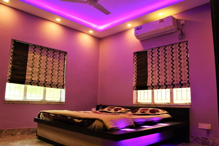 Purple Room (Bedroom 1) all lit up