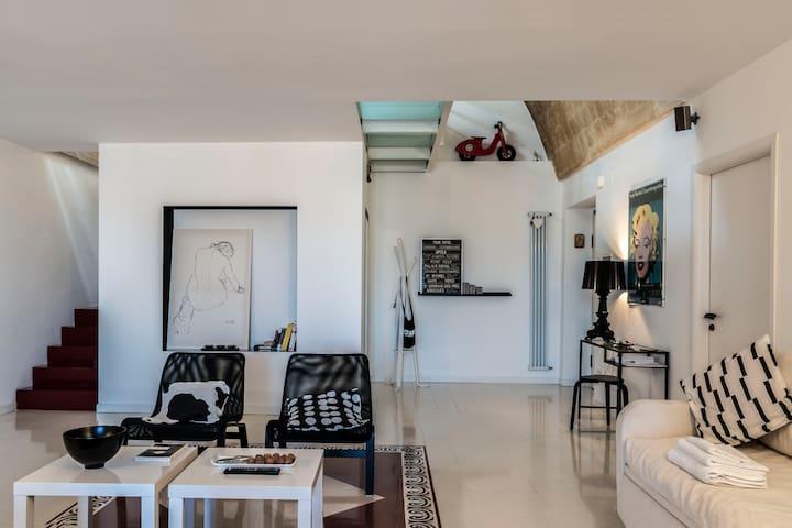 Casa nostra_due livelli con vista mozzafiato