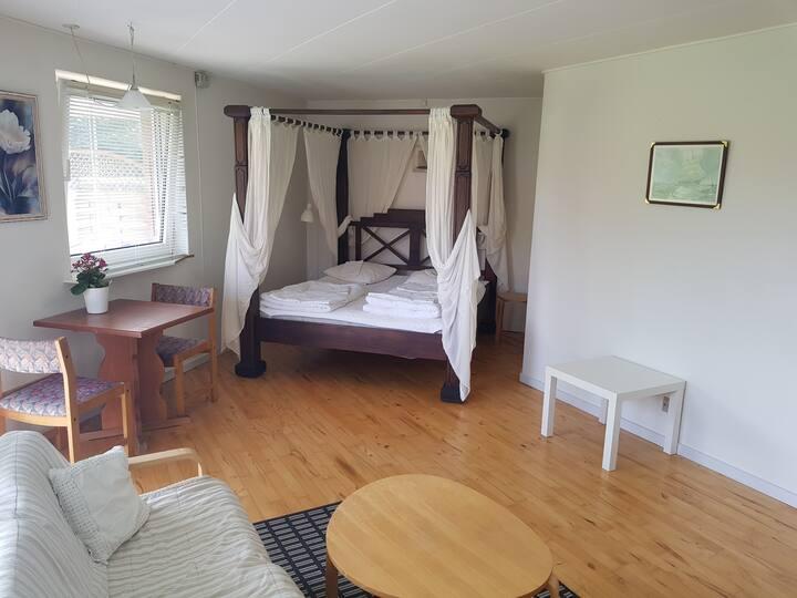 Rummelig bolig, queensize seng (Handicapvenlig) H
