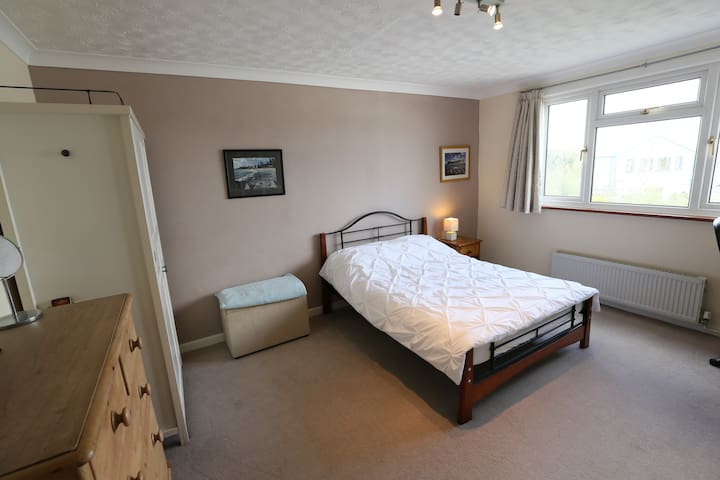 Spacious airy double room