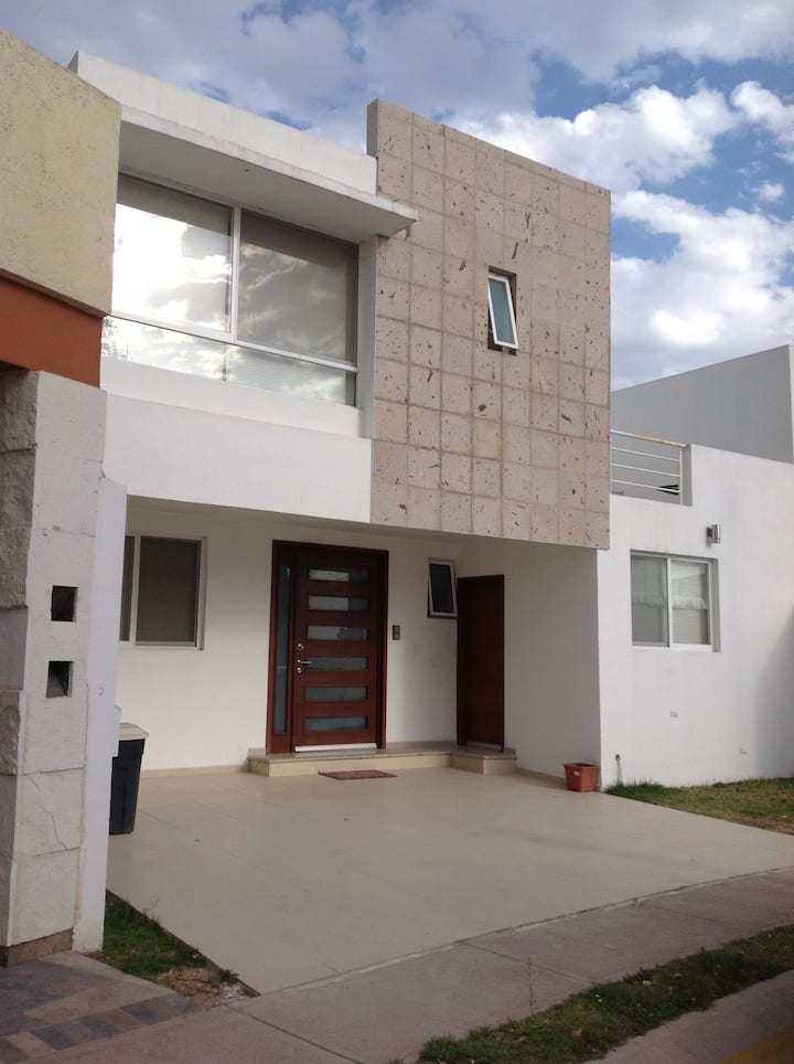 Habitación confortable  en Aguascalientes