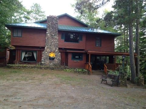 Mockesair Lodge B & B Room 5 of 6 Land O Lakes, WI