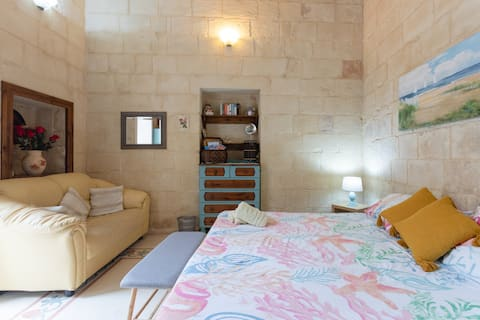 Studio flat in a charming village