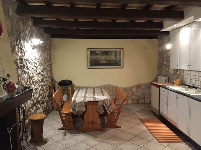 Sant'Eufemia a Majella Guest House - Sant'eufemia A Maiella - Appartement