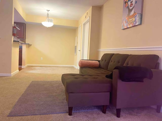 Spacious 1 bedroom  Everything is close by