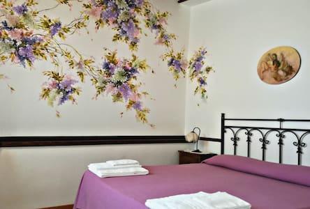 Appartamento 3 posti a Villa Felicia - Calabernardo - Appartamento