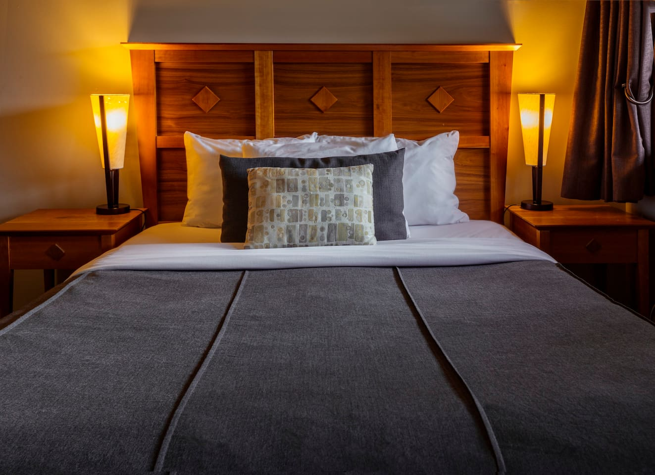 Good nights rest in queen bed