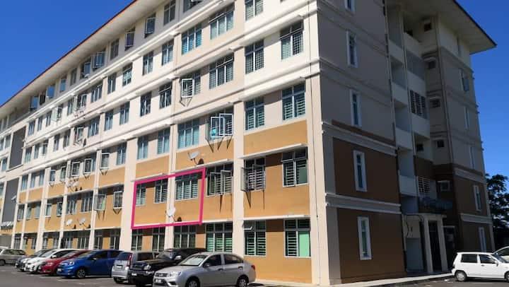 JADE Homestay @ Taman Permata Apartment, Sandakan