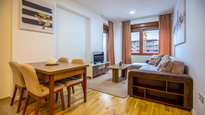 Clean & comfortable apartment in Prishtina
