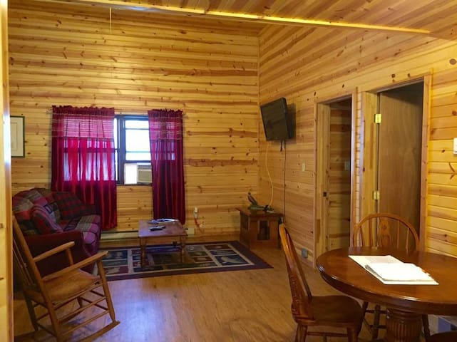 Revelle's River Resort- Rainbow 3 - Elkins - Cabin