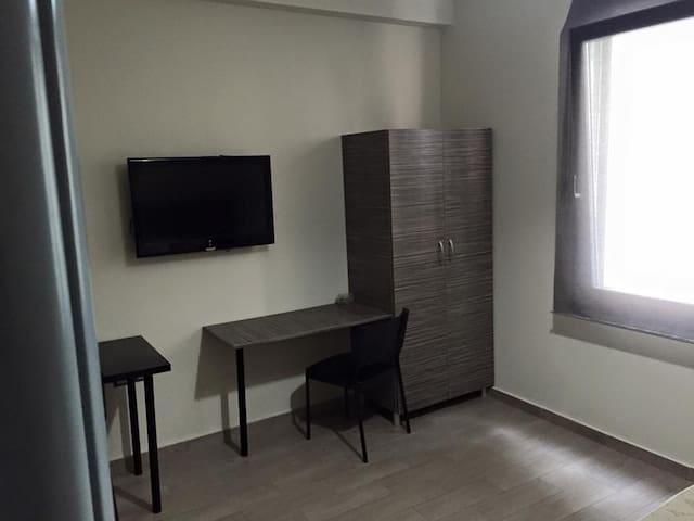 roomotel203 - Chalcis - Apartamento