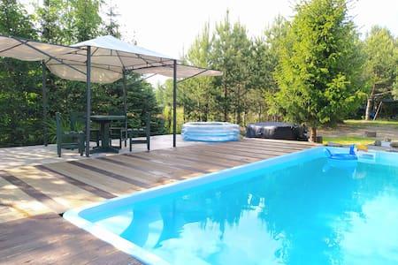 Dom z basenem nad Narwią -> Szablak
