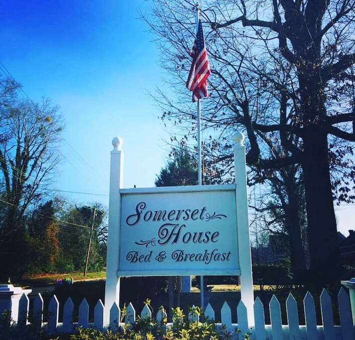 Somerset House Bed & Breakfast