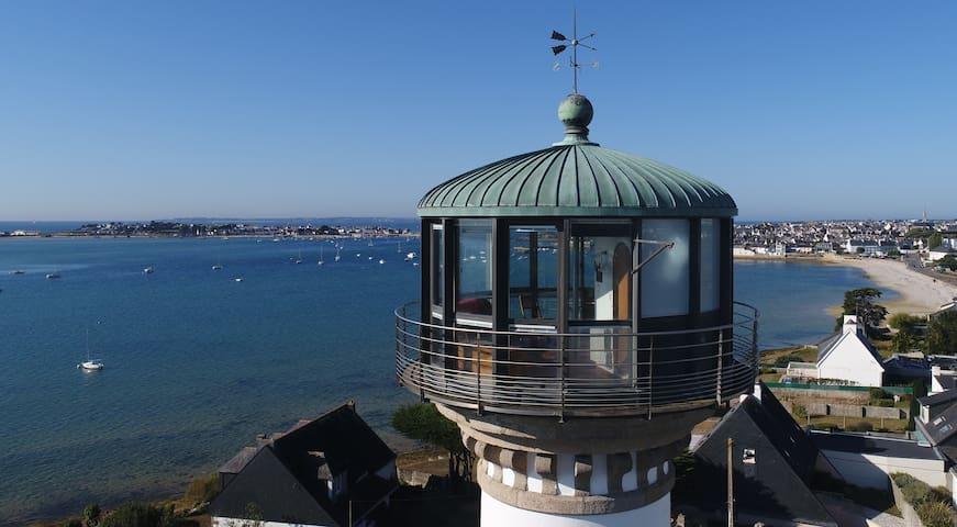 Seul phare de France habitable en son sommet !