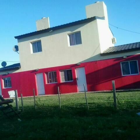 BUNGALOWS LA PILARICA MONOAMBIENTE PARA 4 PERSONAS - Federación - Apartamento