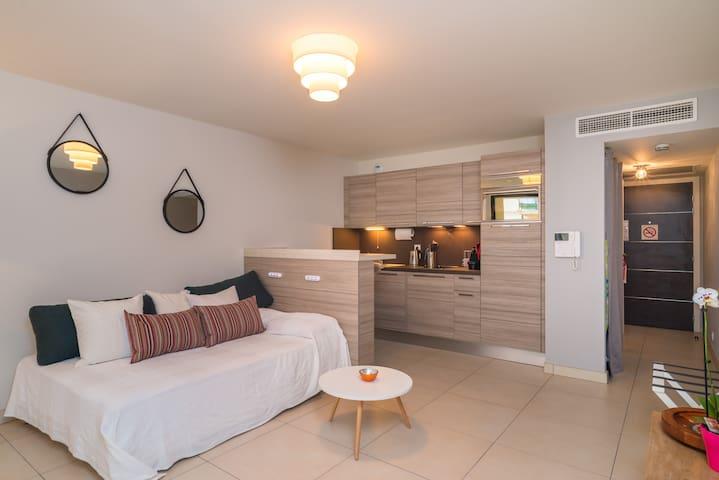 Studio NEUF à 2 pas de la mer- porte de Monaco.. - Cap-d'Ail - Condominium