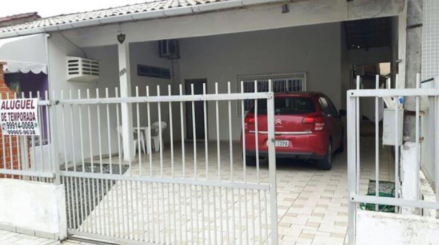 Aluguel Casa Meia Praia - Itapema