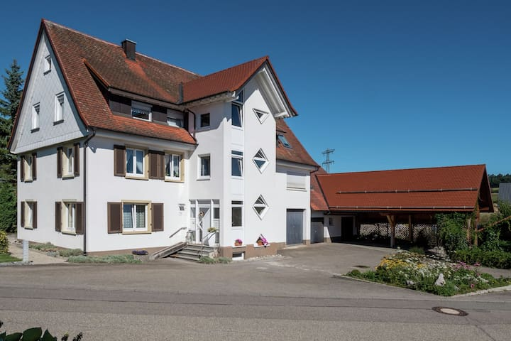 Beautiful apartment between Feldberg and Lake Constance