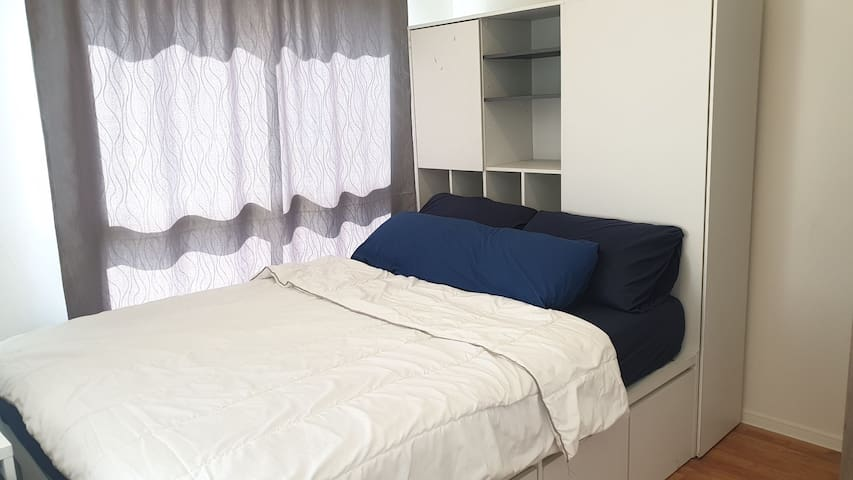 Great location near MRT station,Private apartment