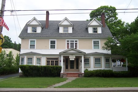 Jeffersonian B&B Grain - Jeffersonville