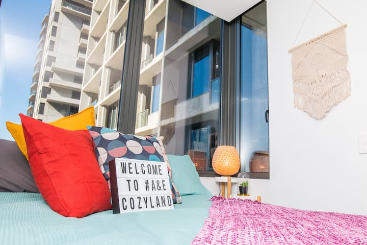 COZYLAND! Lively and Colourful Studio in the CBD