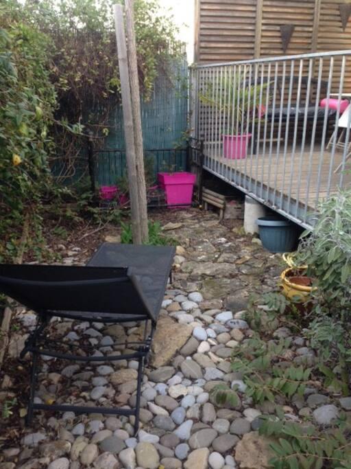 terrasse et jardinet au calme