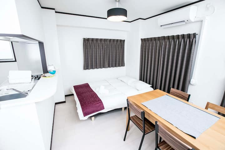 M101 電視機・洗衣機・廚房完備。新落成公寓!在公寓頂層領略別樣城市風情!團體旅行理想之選!
