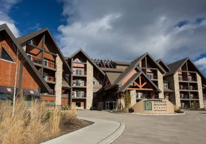 Sweet Condo Canmore GR:)