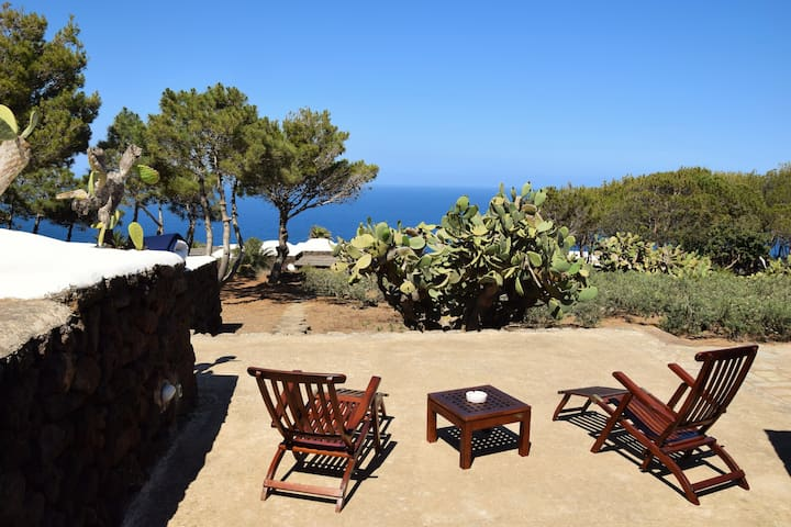 DAMMUSO PANTELLERIA  TOP VILLA BEST VIEW